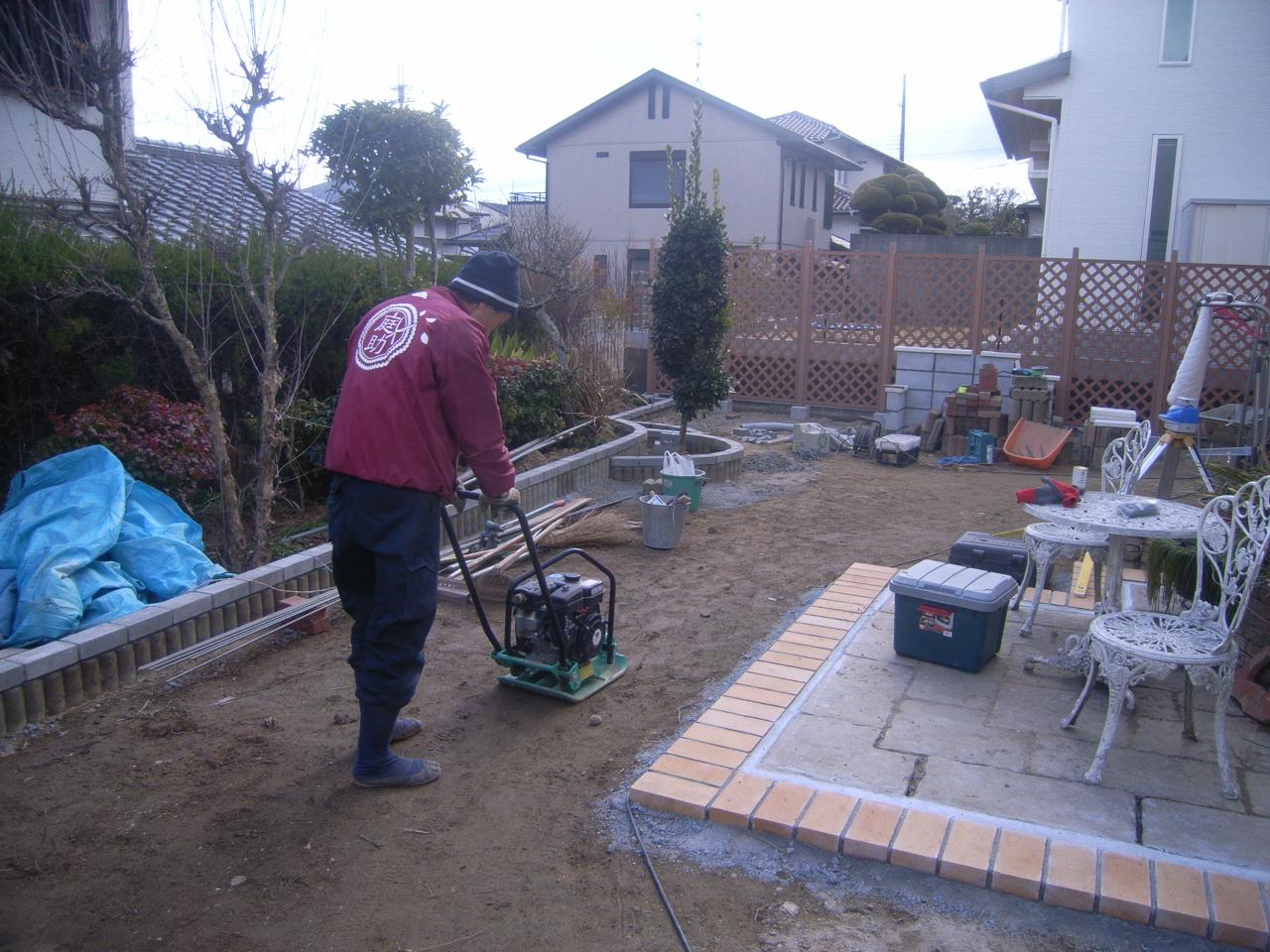 緑ある管理のしやすいお庭 AFTER