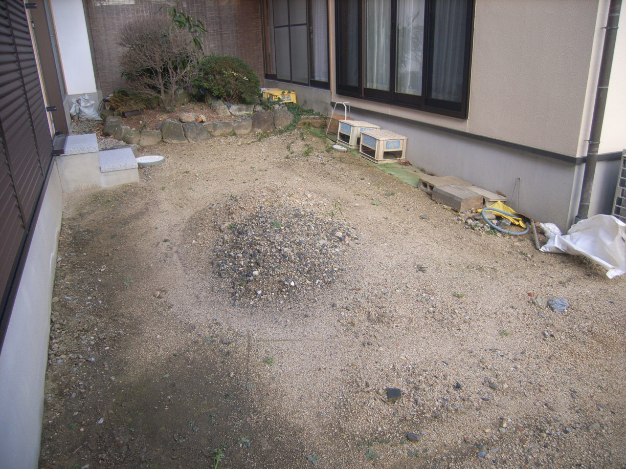 四季折々の庭木を楽しむ日本庭園 石組工事 BEFORE